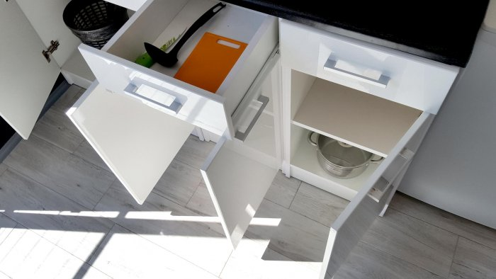 Hotel hel noclegiApartament czteroosobowy studio z balkonem